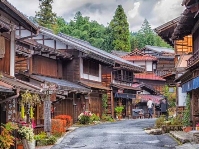 Khám phá một Nhật Bản khác lạ ở con đường thần tiên độc đáo nhất xứ Phù Tang